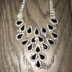 Jewelry - NEW Rhinestone & Black Stone Necklace Earring Set
